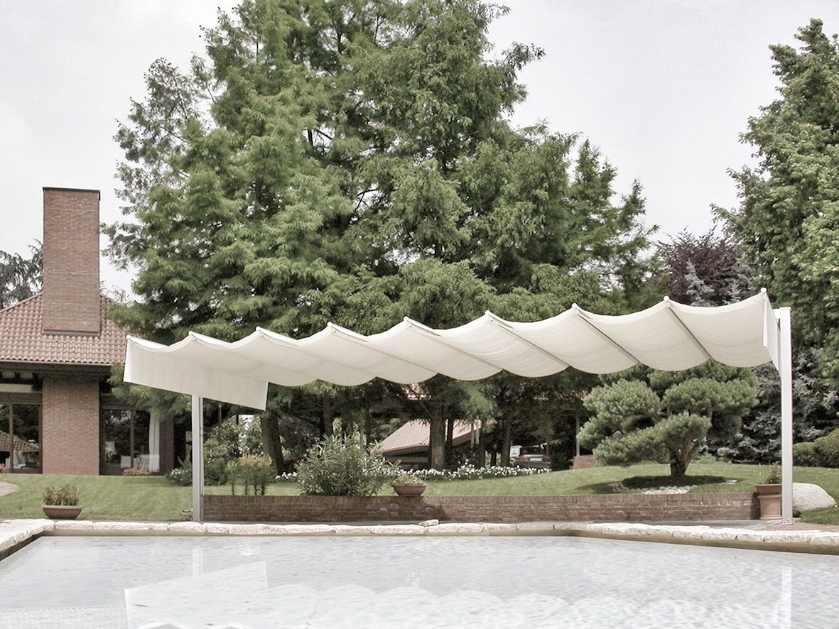 ombrellone pergola piscina giardino senza permessi
