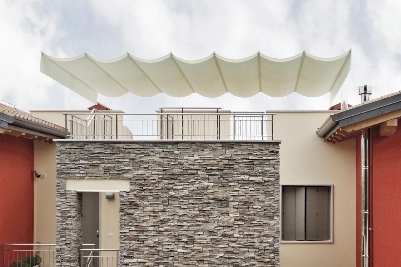 ombrellone pergola terrazza scorrevole maxi senza permessi